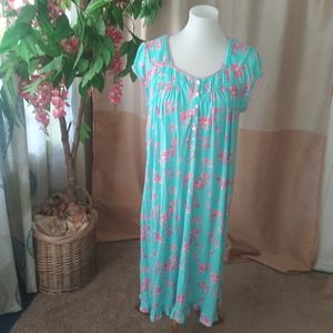 Eileen West Size S Aqua Pink floral knit nightgown